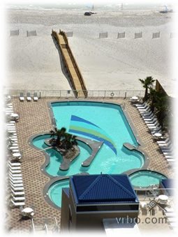 Pool With Beach Access